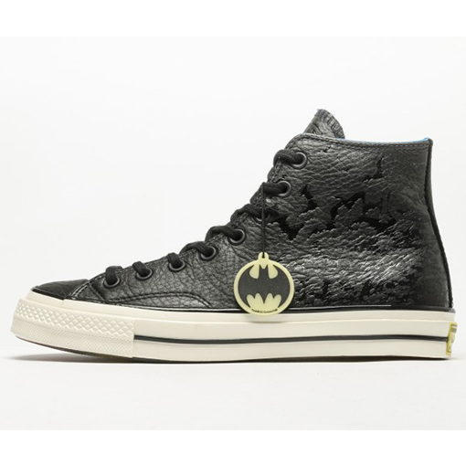 ee11ccdcf04 Chuck Taylor All Star  70 DC Comics Batman